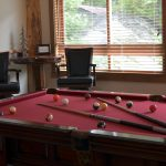 esmeralda-inn-game-room