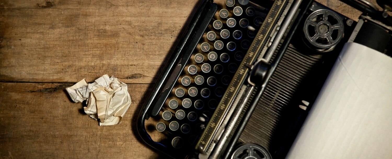 Antique-Typewriter-