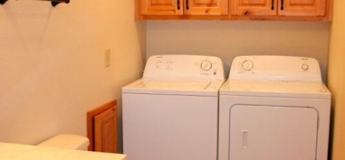 Chimney Rock River Cabin Washer/Dryer